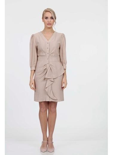 Vitrin Önden Düğmeli Volan Detaylı Elbise Bej